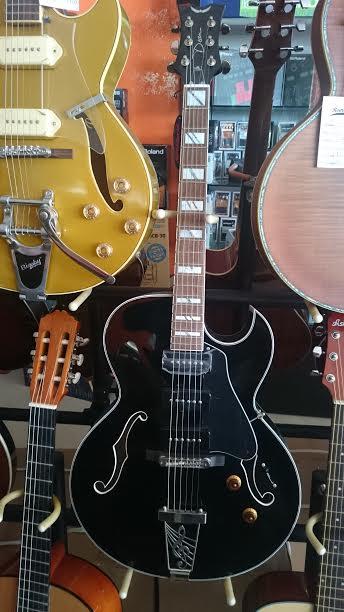 Dean Guitars PALOMINO